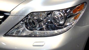 Stacja kontroli pojazdów – ustawienie świateł, wymiana żarówek gratis!